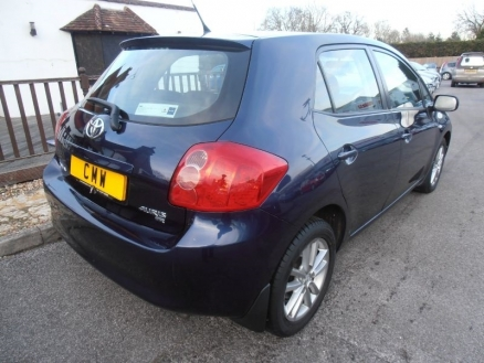 Used Toyota Auris for sale in UK